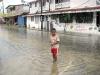 Overstromingen vormen een toevallige belbron. Uiteraard zijn er geen verwachtingen over en ook geen materiële beeldvorming. Daardoor zijn dit soort ervaringen altijd authentiek, ook al zijn ze niet altijd even prettig - Foto 17/Panama