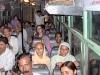 Het contact met een plaatselijke bevolking in een openbare bus valt onder de zogenaamde Gedeelde Belbronnen.  De benodigde informatie noemen we feitelijke informatie: vertrekplaats en tijd van de bus. Verwachtingen zijn breed –  Foto 4/India.